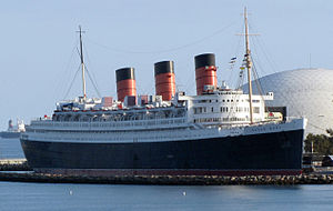 300px-RMS_Queen_Mary_Long_Beach_January_2011_view