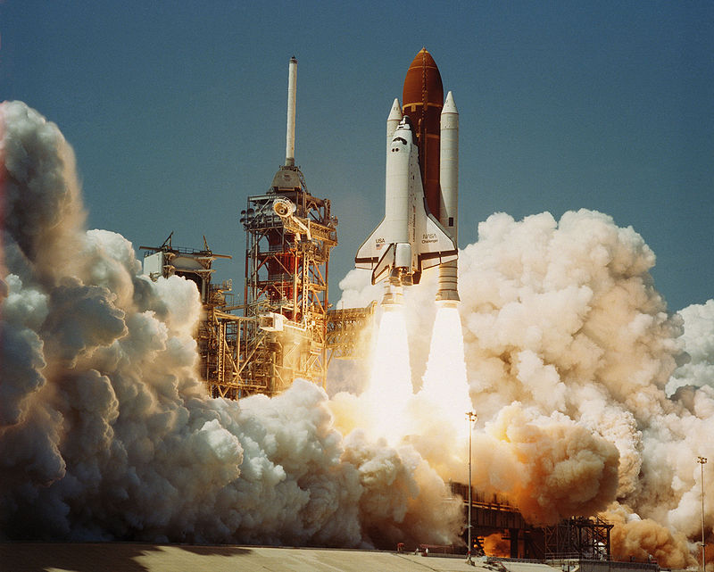 800px-space_shuttle_challenger_04-04-1983